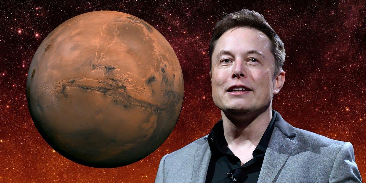 Numele lui Elon Musk apare într-o carte veche de 69 de ani despre colonizarea Marte